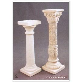 Sloup - květinový stojan s reliéfy /vpravo/
